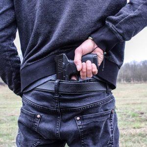 Napad z bronią w ręku